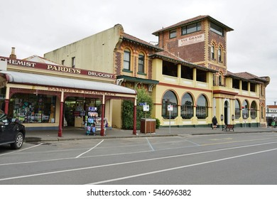 QUEENSCLIFF, AUSTRALIA -10 DEC 2016- Located on the Bellarine Peninsula in Victoria, Australia, the seaside Victorian village of Queenscliff is a popular weekend destination for Melbourners.