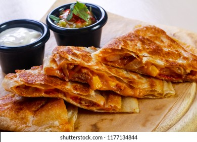 Quesadilla with chicken and cheese