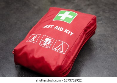 Quick first aid kit for short trips .