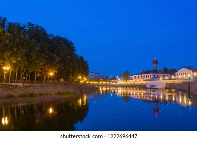 Quiet autumn evening on the River Uvod in the city of Ivanovo, Russia.