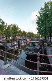Quiet canals, parks and an empty Amsterdam city center due to corona