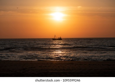 Quiet and peaceful sunset at the coast
