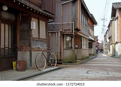 Quiet street in the old town of Kanazawa, Japan