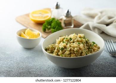 Quinoa salad with lemon and parsley