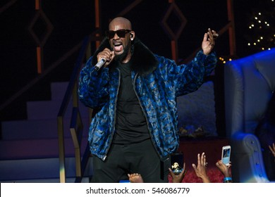 R. Kelly performs on stage at the FOX Theater on December 25, 2016 in Atlanta, Georgia - USA