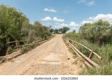 The R709-road bridge across the Groot Vet River near Excelsior, a small town in the Free Strate Province of South africa
