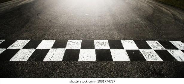 Race track circuit