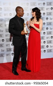 RACHEL WEISZ & EDDIE MURPHY at the 64th Annual Golden Globe Awards at the Beverly Hilton Hotel. January 15, 2007 Beverly Hills, CA Picture: Paul Smith / Featureflash
