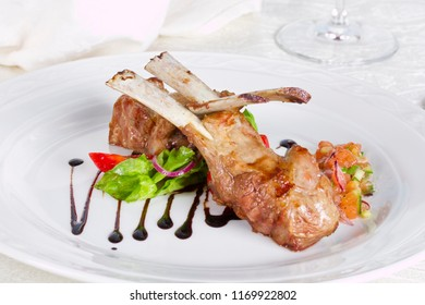Rack of lamb with chocolate sauce
