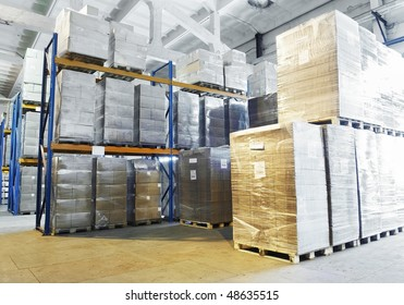 rack stack arrangement of cardboard boxes in a warehouse