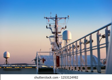 Radar and other communications on the ship