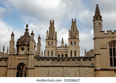 Radcliffe Camera and All Souls College, Oxford, UK