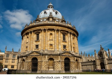 Radcliffe Camera (part of the Bodleian Library of Oxford University). Oxford, UK