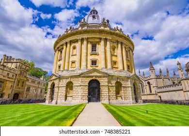 Radcliffe Camera, room addition to the Bodleian Library in Oxfor