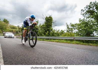 Radda in Chianti, Tuscany, Italy - May 15th 2016: Damien Howson engaged on Time Trial  during the 9th stage of Giro d'Italia , Chianti Classico Time Trial