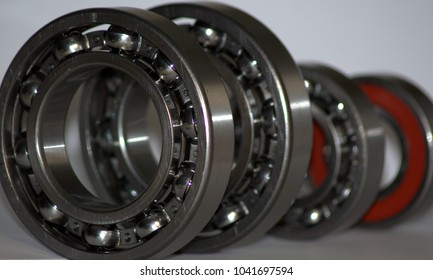 radial bearings for gear assembly