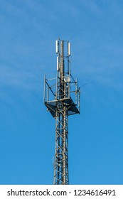 Radio mast for digital transmission