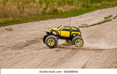 Radio-controlled car movement.