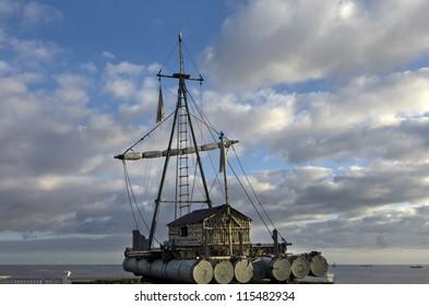 raft wood ship