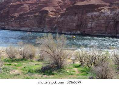 Rafters Floating Colorado River near Lees Ferry, entrance to Grand Canyon