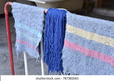 Rags and dust cleaning cloth are drought in the air and sun to make them dry out