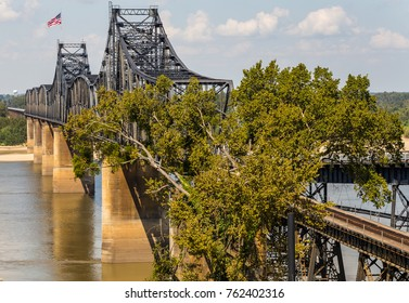 Railroad bridge crossing Mississippi River between Natchez Mississippi and Louisiana.