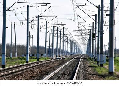 railway, a green semaphore, railway infrastructure