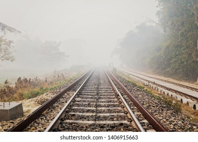 Train Track Images, Stock Photos & Vectors | Shutterstock