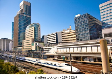 Railway with skyline shinkansen at Odaiba ,Tokyo, Japan. Shinkansen is world's busiest high-speed railway operated by four Japan Railways companies.