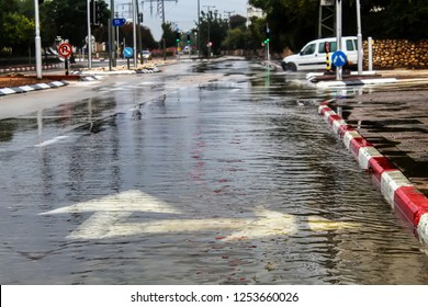 Rain, Downpour: Flooding on the cars road. Israel, Winter Weather
