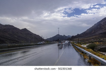 Raining in Sharjah - Kalba highway, United Arab Emirates