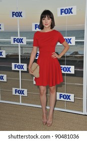 """""""Raising Hope"""" star Shannon Woodward at the Fox TV Summer 2011 All-Star Party at Gladstones Restaurant, Malibu. August 5, 2011  Malibu, CA Picture: Paul Smith / Featureflash"""