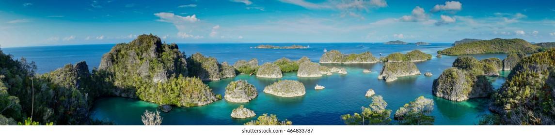 Raja Ampat , Wayag Islands , Indonesia