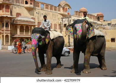 RAJASTAHN, INDIA - MARCH 03, 2006: Elephants moving through the streets of Jaipur