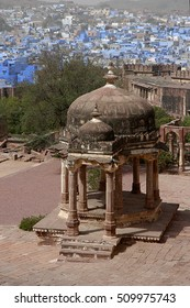 RAJASTHAN, INDIA - MARCH 14, 2006: Mausoleum and view of the neighborhoods of blue houses in Jodhpur