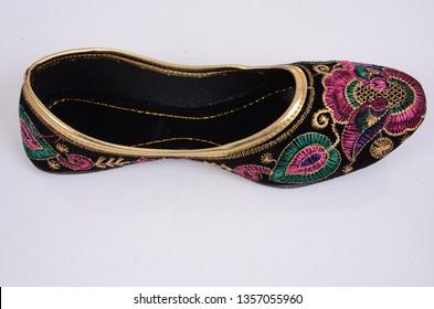 rajasthani jutti ladies  Traditional Collection - offering Traditional Collection Multicolor Ladies Rajasthani Jutti Ladies Rajasthani Jutti