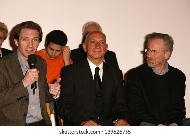 """Ralph Fiennes, Sir Ben Kinglsey and Steven Spielberg at the Legacy of """"Schindler's List"""" and DVD release at Universal Studios, Universal City, CA 03-03-04"""