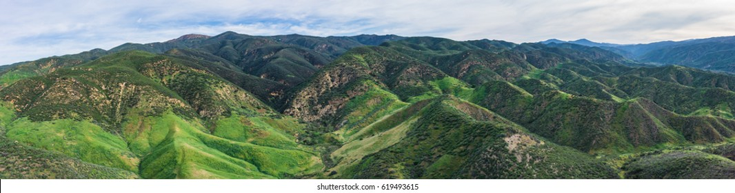 Range of California hills and mountains in Angeles National Forest.