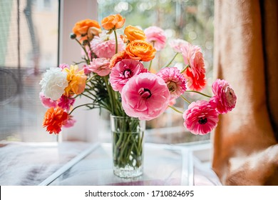 ranunculus Chalmovidnye (African) buttercups bouquet of flowers, spring, colorful, bright, in a vase, macro