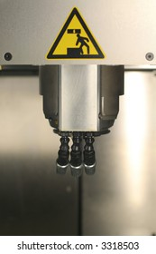 Rapid Prototyping system for plastic 3D printing. Fused Deposition Modeling.