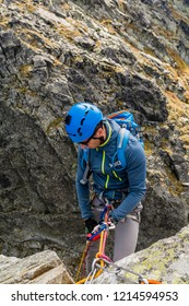 To rappel down a wall. Climber rap down on a rope with a permanent rappel stance.