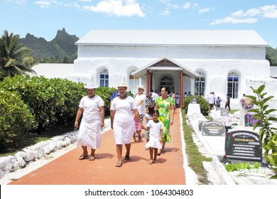 RAROTONGA - DEC 29 2017:Cook Islanders exit from Ekalesia Matavera CICC church in Rarotonga, Cook Islands.The Ekalesia Matavera Cook islands Christian Church dedicated in 1857
