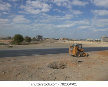 RAS AL-KHAIMAH, UAE - NOVEMBER 26 2017: View of the Ras Al-Khaimah emirate road. United Arab Emirates