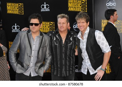 Rascal Flatts at the 2009 American Music Awards at the Nokia Theatre L.A. Live. November 22, 2009  Los Angeles, CA Picture: Paul Smith / Featureflash