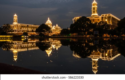 Rashtrapati Bhawan Lit Up, Delhi, India