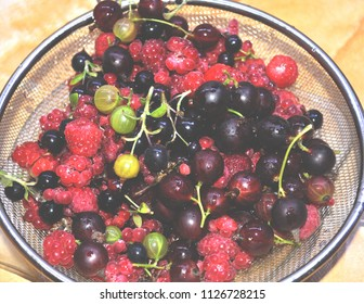 raspberry, blackcurrant, gooseberry