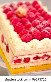raspberry cheesecake, a delicious dessert recipe