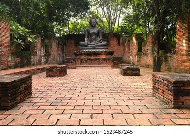 Ratchaburi province,Thailand29 Sep 2019.Beautiful Buddha image of Ayutthaya period at NaSatta Thai Park .