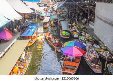 Ratchaburi, Thailand - October 28, 2018: Damnoen Saduak Floating Market is a popular tourist destination in Ratchaburi, Thailand