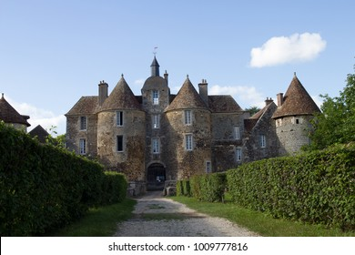 ratilly castle in the Burgundy countryside
